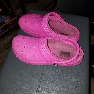 Crocs hot pink